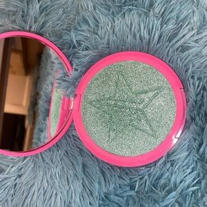 """Jeffree star. Skin frost in """"MINT CONDITION """""""